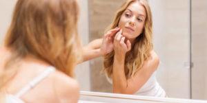 cosmetica-no-comedogenica-piel-grasa-con-acne