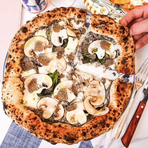 pizza-shuffle-truffle-restaurante-italiano-bel-mondo-madrid