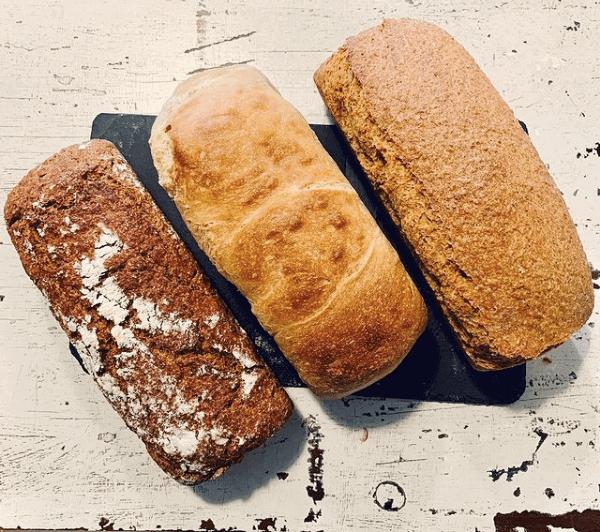 moega-panaderia-pan-de-molde-de-centeno-trigo-y-maiz