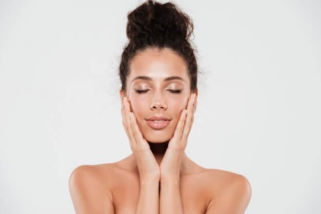 6 FASCINANTES Beneficios de la Niacinamida o Vitamina B3 para la piel